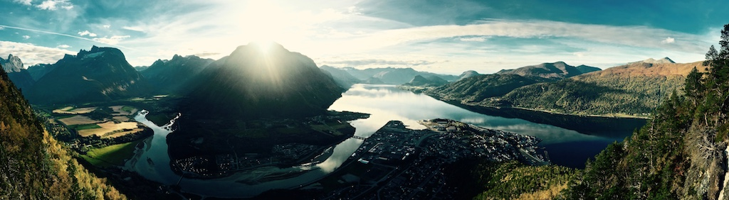 andalsnes small 001